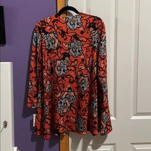 LuLaRoe Sweaters - Lularoe Caroline Cardigan Brand New with tags. ❤️